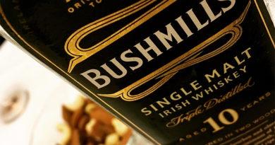 Tasting Bushmills 10 Year old single malt whiskey